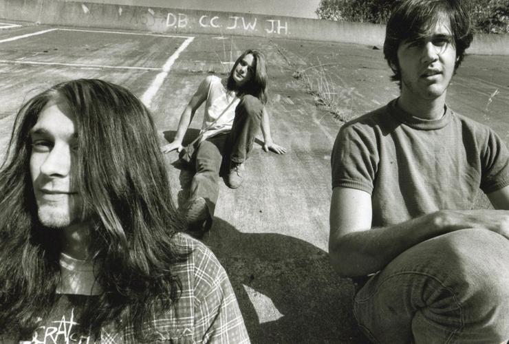 Вместе с Кристом Новоселичем и Чэдом Ченнингом Кобейн создал группу Nirvana