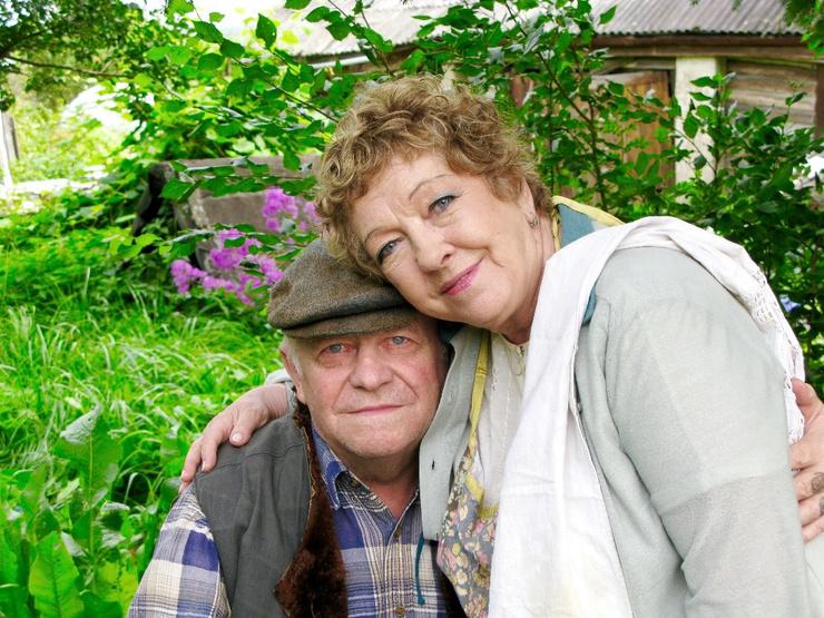 Муж актрисы скончался в марте 2015 года.