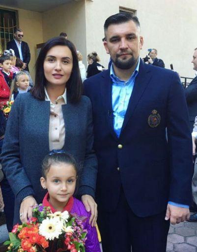 Елена Пинская и Баста отправили дочь в школу