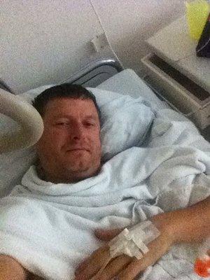 Евгений Кафельников в больнице