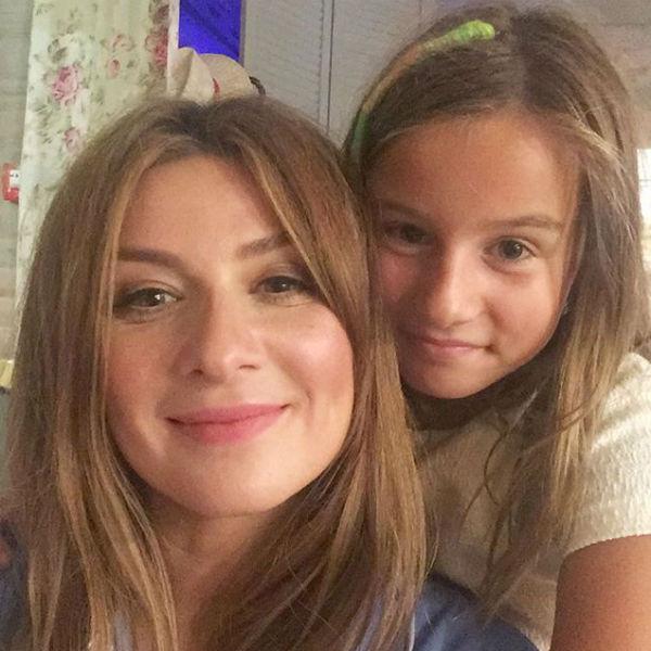 Дочь телеведущей Лолита контролирует работу мамы и всегда дает оценку ее внешнему виду и поведению в эфире