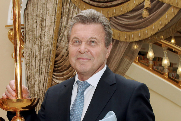 Лев Валерьянович был женат дважды, но наследниками так и не обзавелся