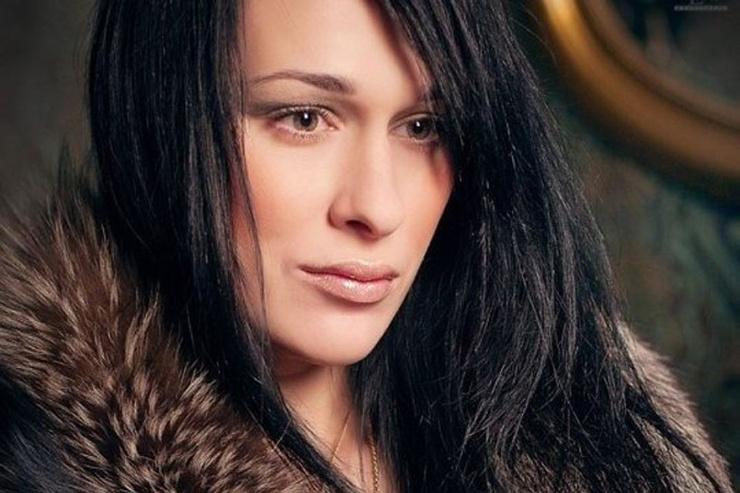 Ирина ездила на сеансы к Илоне Новоселовой