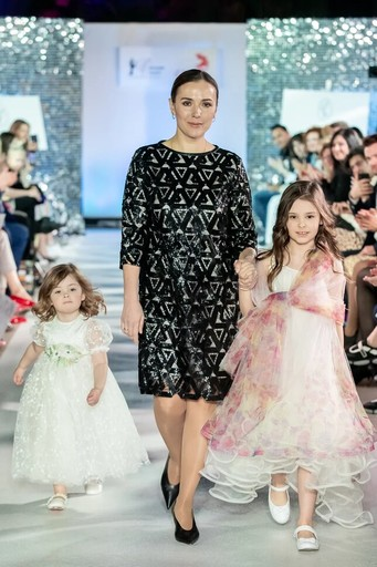 Елена Панова с дочерьми Марианной и Лидией