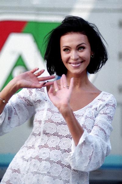 Из яркой модели и певицы Наталья Лагода превратилась в одинокую несчастную женщину с инвалидностью