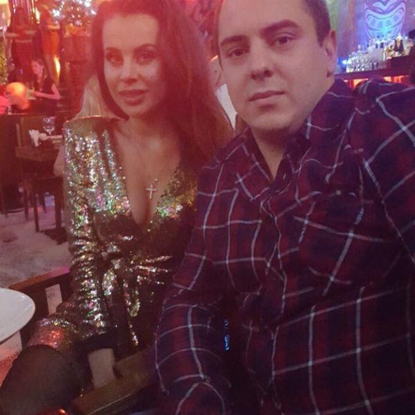 Снимок Ольги Ветер с новым бойфрендом облетел сеть
