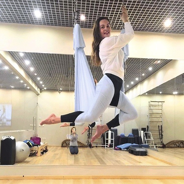 В свободное время Андреева занимается фитнесом и йогой
