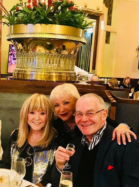 Алла Пугачева с композитором Александром Журбиным и его женой Ириной Гинзбург