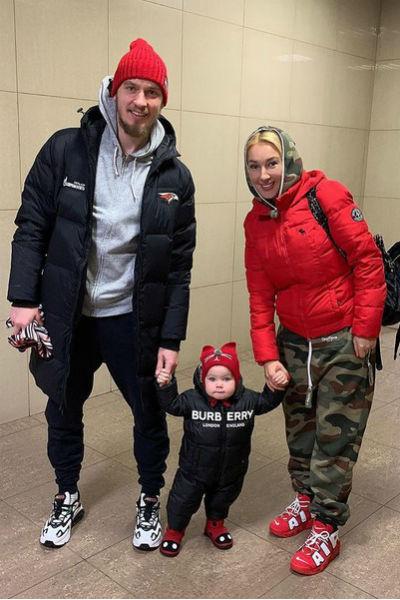 У ведущей растет дочь Маша от хоккеиста Игоря Макарова