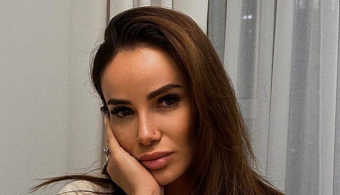 Айза Анохина продает квартиру в центре Москвы за 58 миллионов