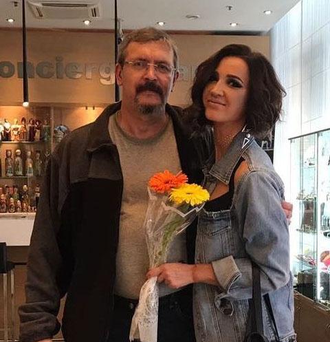 Ольга Бузова с отцом Игорем