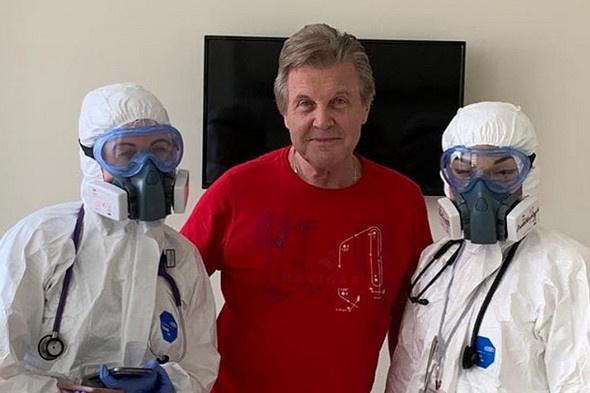 Лещенко подружился с медперсоналом