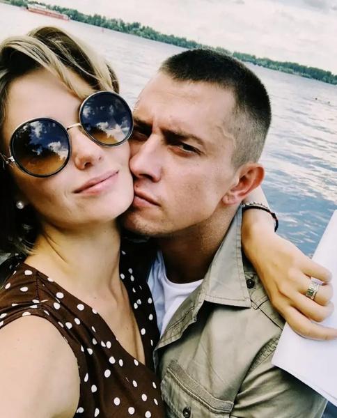 После развода с Павлом Прилучным актриса так и не построила крепкие отношения