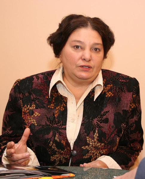 Наталья Сергеевна молится о скорейшем выздоровлении Насти