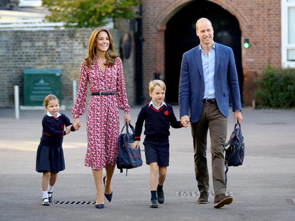 Дети монаршей четы остались дома под присмотром нянь