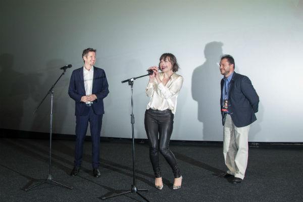 Мила Йовович представила новую часть «Обители зла»