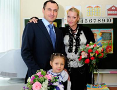 Дочь Волочковой пошла в первый класс