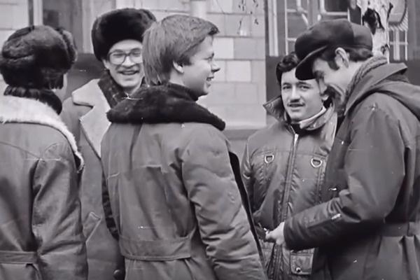 Листьев готовится к поступлению на факультет журналистики МГУ