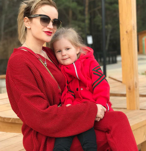Елена Бушина с дочерью