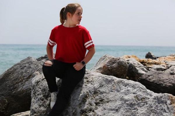 11-летняя Антонина ходит в школу в Испании
