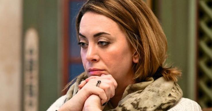 Наталья Фриске требует миллион рублей с мошенников, «воскресивших» ее сестру