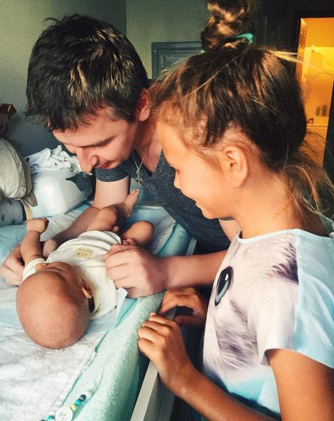 Дмитрий Алмазов знакомится со своим сыном Львом