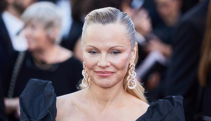 Памела Андерсон с другим лицом: результат пластической операции актрисы