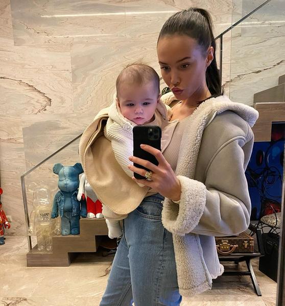 В октябре Решетова впервые стала мамой