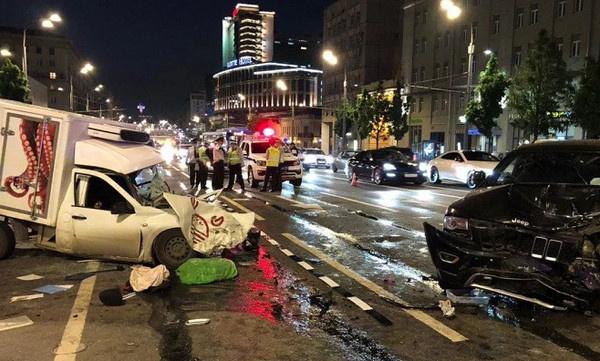 Автомобиль Захарова был полностью уничтожен в смертельном ДТП
