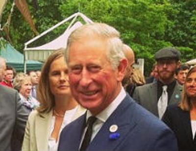 Принц Чарльз отпраздновал день рождения овсяной печеньки