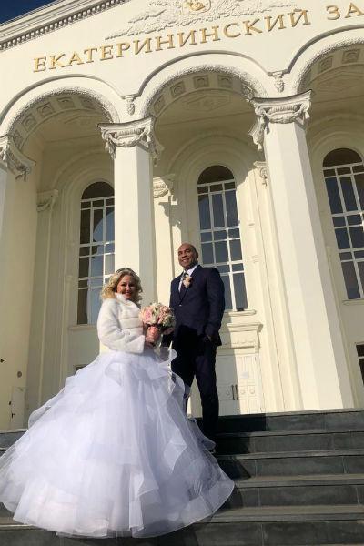 Сэм постарался организовать яркую и необычную свадьбу