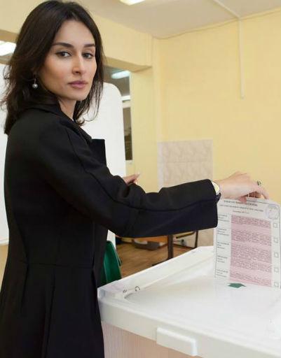 Тина Канделаки в микроблоге призывала москвичей не игнорировать выборы