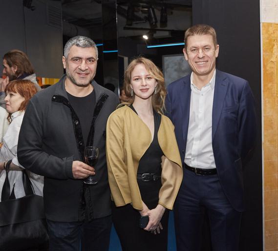 Авитис Назарян (TV Sale), Светлана Герасимова и Владимир Аристархов (директор НИИ им Лихачева)