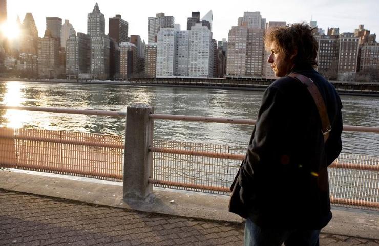 Для героя Адама Сэндлера жизнь в Нью-Йорке стала испытанием