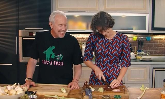 Музыкант считает, что жена прекрасно готовит