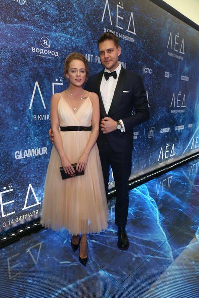Актер два года встречался с Аглаей Тарасовой