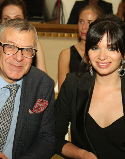 Елена Романова и Андрей Ургант развели слухи о своем расставании, появившись вместе