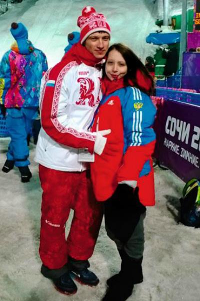 Олимпиада в Корее для Ильи стала второй по счету. На фото – он с женой Анастасией на Играх в Сочи в 2014 году