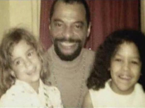 Мать Мэрайи Кэри разрешала сатанистам насиловать сестру певицы