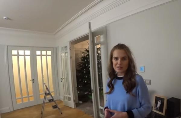 В квартире Клюкиной царит стильный минимализм
