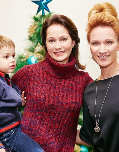 Ольга Кабо с сыном и Мария Киселева