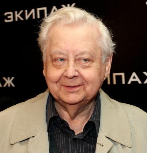Подопечные Олега Табакова получили 70 квартир
