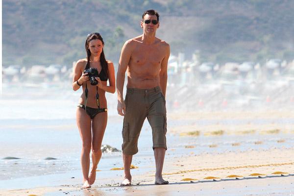 Джим Кэрри и Катриона Уайт во время отдыха в Малибу, сентябрь 2012 года