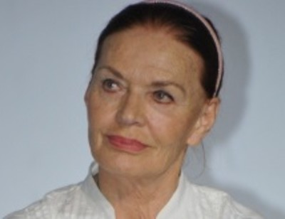 Людмила Чурсина с шиком обустроила свою «однушку»