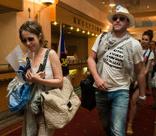 Супруг Ксении Собчак не поместился в кабину лифта
