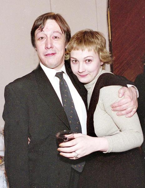 Дочь Михаила Ефремова: «Мама очень любила Земфиру и бить меня под ее песни»