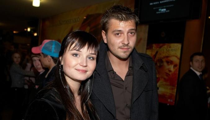 Бывший муж Полины Гагариной не платит алименты