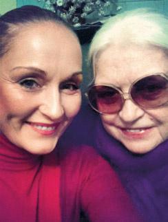 Лидия  Николаевна  и Ольга  не виделись  целый год