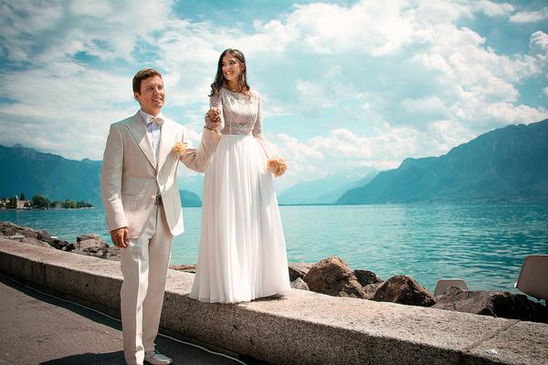 Артемий и Наташа зарегистрировали отношения в мэрии города Монтре