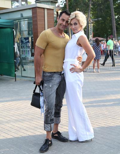 Стас Костюшкин с супругой
